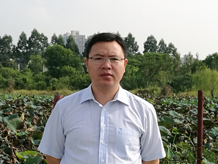 谢建军  市人大代表,广州市南沙区重点办计划资金部部长